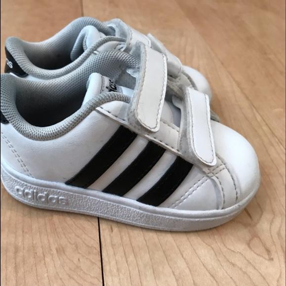 baby boy sneakers size 5 online -